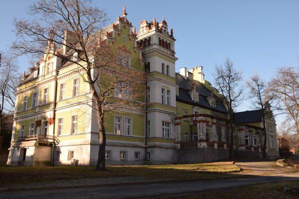 Pałac w Kłonicach
