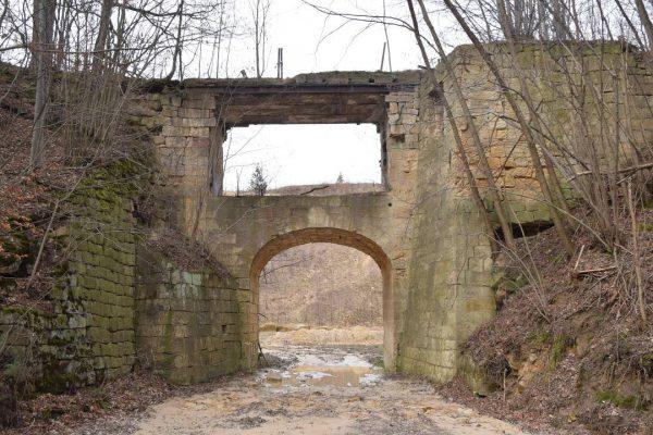 Czaple-wiadukt kamienny