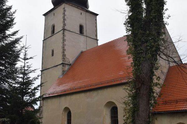 Rząśnik kościół